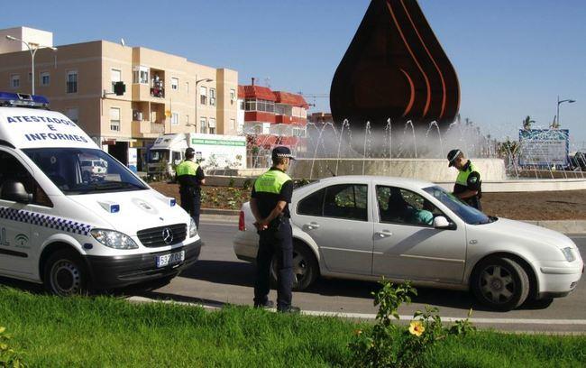 Policía Local De Vícar y DGT controlarán los vehículos