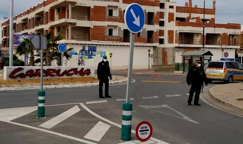 La alcaldesa de Garrucha niega que la Policía Local le falten medios contra el #COVID19