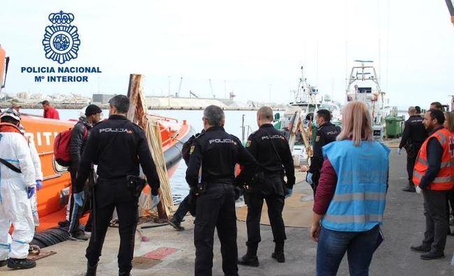5 detenidos cobraron 80.000 euros por cruzar a 40 personas en patera a Almería