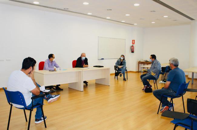 El Alcalde de Vícar Informa A Los Grupos Políticos de los trabajos contra el #COVID19