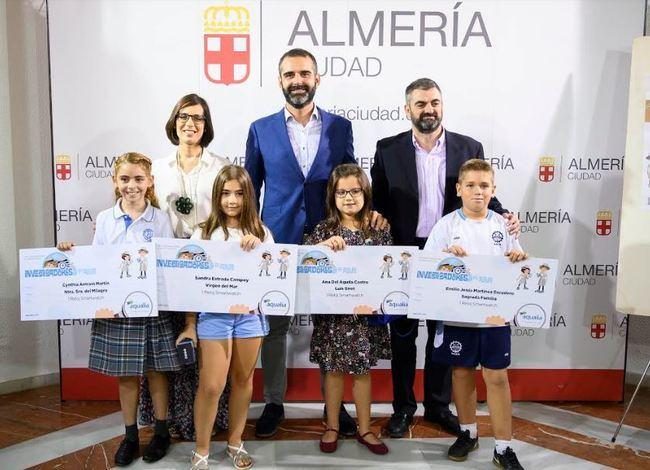 Cuatro escolares almerienses, premiados por seguir la pista del agua