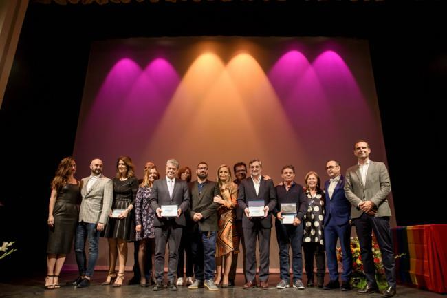 """El alcalde felicita a """"todos los almerienses' por 'normalizar los afectos"""" en los Premios Colega 2019"""