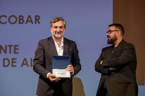 Colega premia a la Diputación Provincial por su compromiso con el colectivo LGTBI