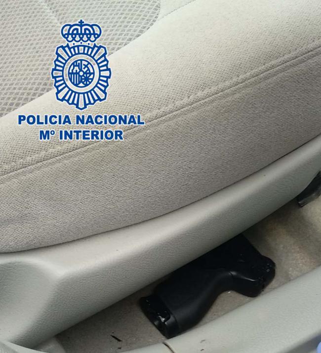 Detenido por el atraco a punta de pistola para robarle el coche a una mujer en El Ejido