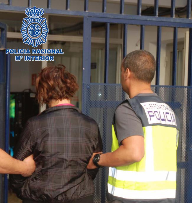 La Policía detiene en Carboneras a la nuera de una mujer asesinada en Almería