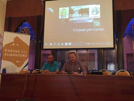 """El IES Jaroso presenta la APP """"Un paseo por Cuevas"""""""