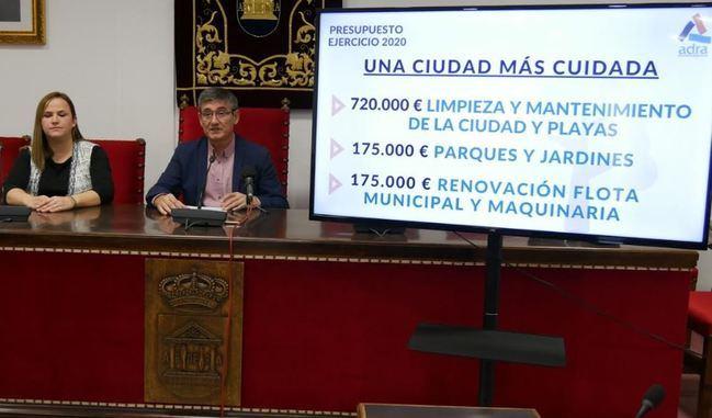 """Cortés presenta un presupuesto """"inversor y social"""" para Adra"""
