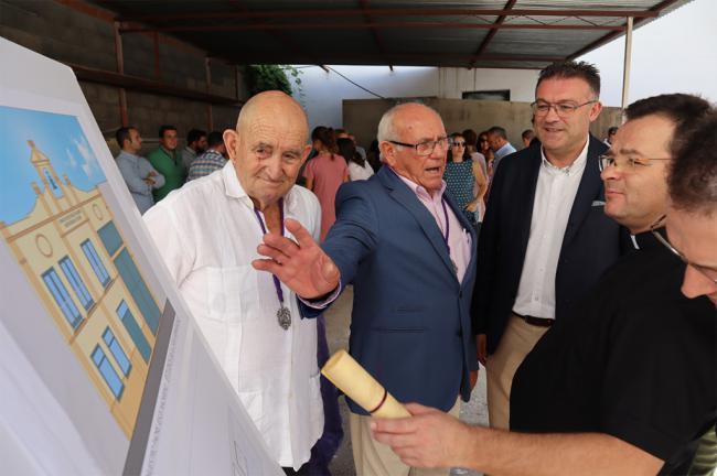 La cofradía del Nazareno de Berja pone la primera piedra de su Casa de Hermandad