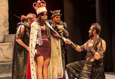 La tribu 'The Primitals' conquista el Teatro Apolo con la percusión vocal y el humor