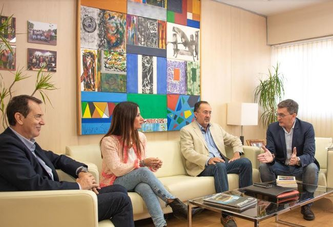 El PSOE permitirá a las parejas de hechorecibir una pensión de viudedad