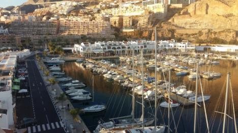 El Puerto Deportivo de Aguadulce inaugura su Mercado del Mar