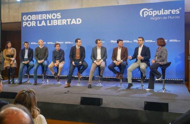 """El alcalde defiende en Murcia que los gobiernos del PP son """"garantía de mantenimiento de libertades y derechos"""""""