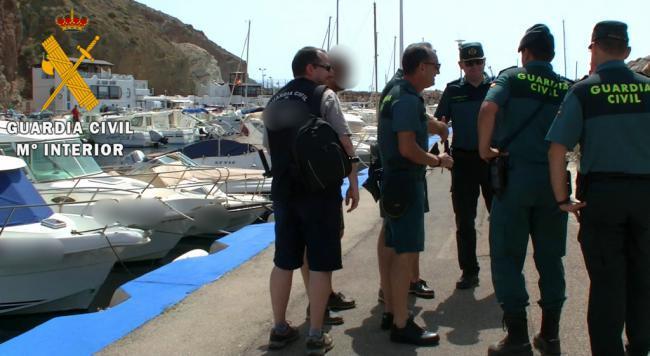 Peligroso delincuente con 12 causas pendientes es detenido en Cabo de Gata