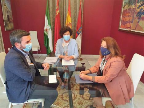 Andalucía y Murcia acusan al Gobierno de
