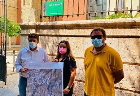 El Ayuntamiento de Dalías presenta un camino de peregrinos sobre plano a la Junta de Andalucía
