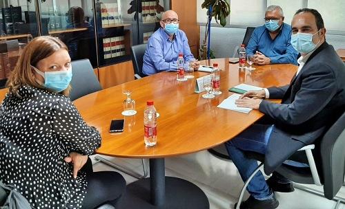 La Junta y el Ayuntamiento de Carboneras analizan las necesidades formativas