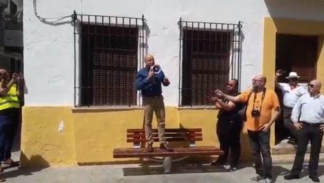 Vox politiza la agresión a un agricultor de Roquetas