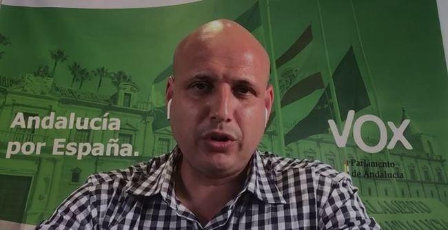 Vox pide una explicación y el acta de concejal a Pérez de la Blanca