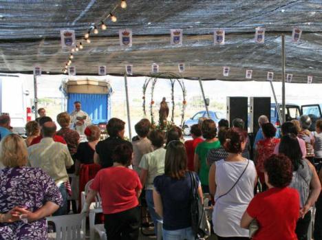 La Barriada De El Cosario Saca El Domingo En Romería A La Virgen María
