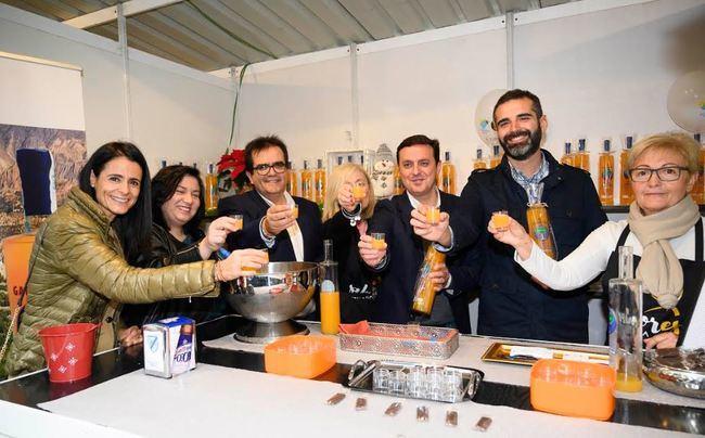 'Sabores Almería' llena el Paseo con lo mejor de la gastronomía provincial