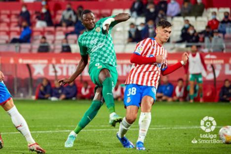 1-2: Girona ve el tercer triunfo consecutivo del Almería
