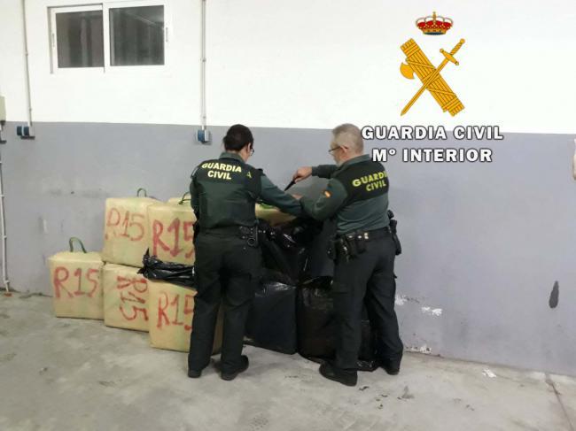 Detenido en Huércal Overa con 327 kgs de hachís desde Málaga a Barcelona