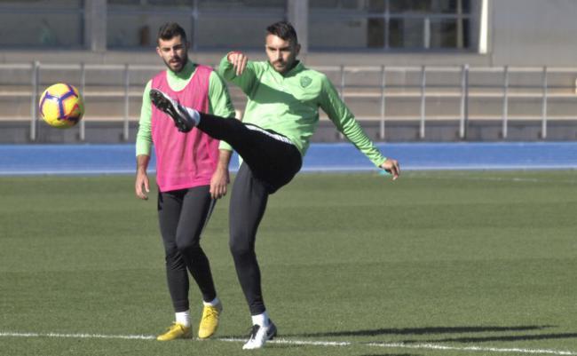 Samu de los Reyes rescinde su contrato y causa baja en la UD Almería