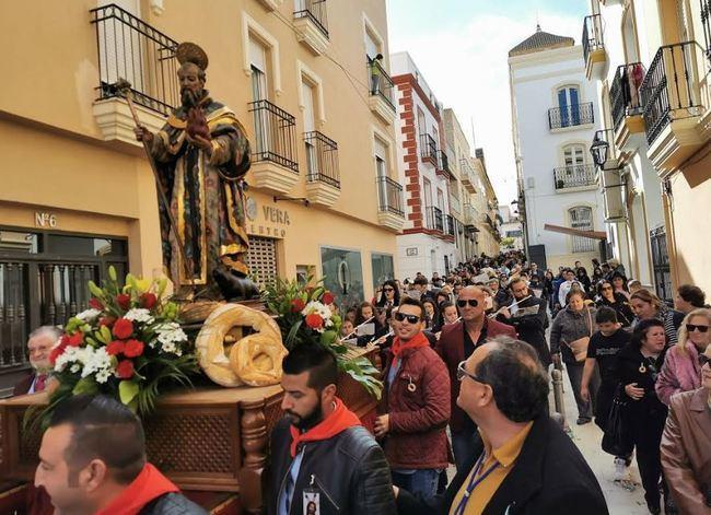 Vera celebra su tradicional y multitudinaria Fiesta de San Antón