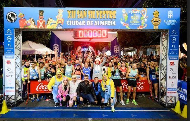 Zouhair El Janati y Paula Ramírez ganan la XII San Silvestre Ciudad de Almería