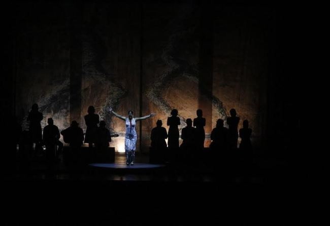 El Centro Cultural de Adra se rinde a la bailaora Sara Baras
