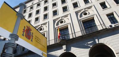 Almería acumula un tercio de los permisos de trabajo a extranjeros en Andalucía