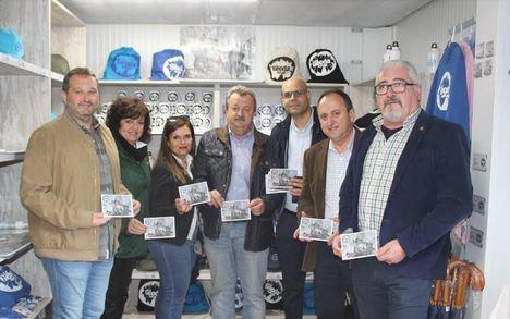 3.000 tarjetas prefranqueadas de CORREOS para mostrar la Geoda de Pulpí