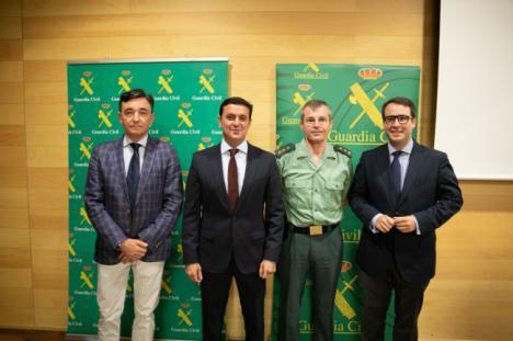 Diputación y Guardia Civil se unen en la investigación contra los delitos informáticos
