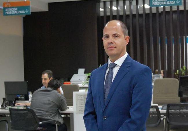 Sergio Ruiz Cervilla, nuevo director territorial de Cajamar en Almería