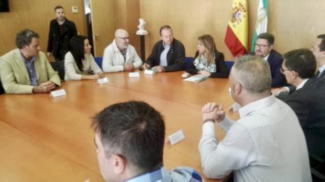 Susana Díaz dice que Cemex cierra por culpa de la reforma laboral