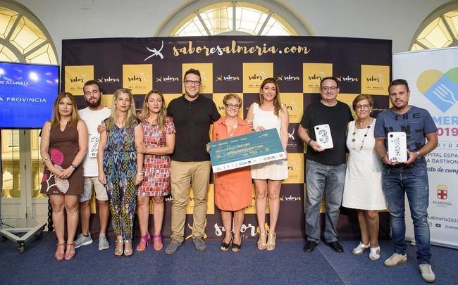 La III Tapa Solidaria de Almería recauda 4.834 euros a favor de ARGAR y el área de Oncología Pediátrica