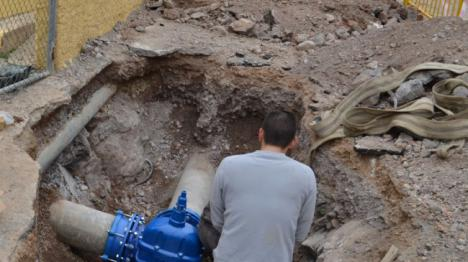Un centenar de incidencias de fontanería en julio resueltas por el Ayuntamiento De Vícar