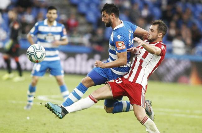 0-0: El Almería se trae un punto pese al empate en Riazor