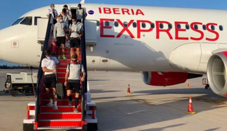 El Almería regresa este domingo de Las Palmas y entrenará el lunes