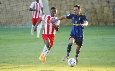 El Almería se enfrentará este domingo al Cádiz CF en el Marbella Football Center