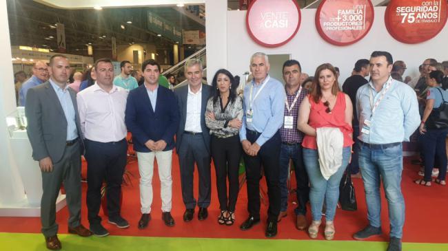 Bosquet y candidatos de Cs de la comarca del Poniente acuden a Infoagro Exhibition