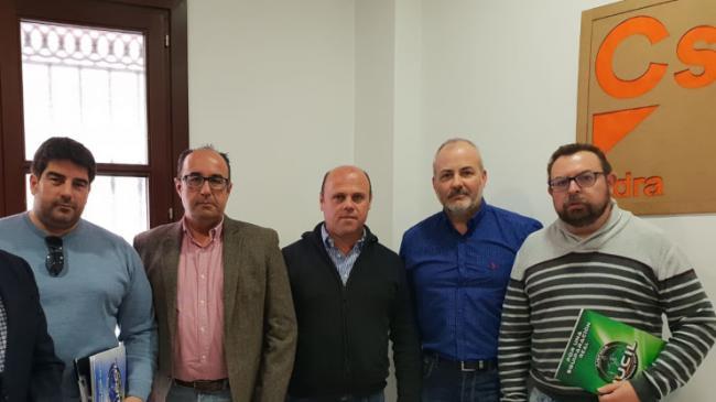 Ciudadanos se reúne con Jusapol para tratar la equiparación salarial