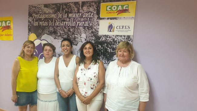 Bosquet defiende el Estatuto de las Mujeres Rurales y del Mar en Almería