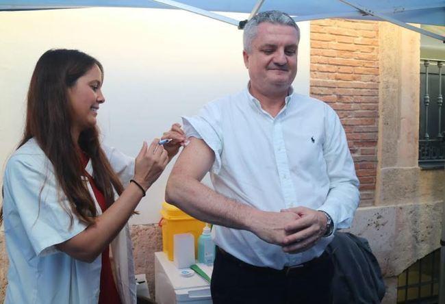 Quién y dónde vacunarse de la gripe en Almería