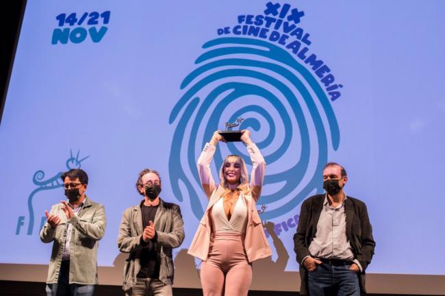 La actriz que da vida a La Veneno dice que no podía ser interpretada 'ni por un hombre ni por una mujer'