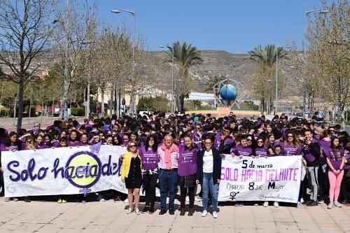 Ell IES Villa De Vícar Proclama Un 'Solo Hacia Delante' En Favor De La Igualdad