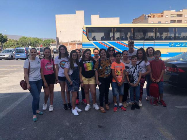 Miembros Del Consejo De La Infancia De Vícar Visitan Asalsido Almería