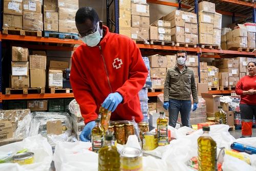 """El alcalde visita Cruz Roja y elogia la labor """"fundamental"""" ante el #COVID19"""
