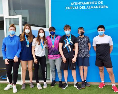 Gran papel para el Club de natación Mare Nostrum en los campeonatos de España y Andalucía