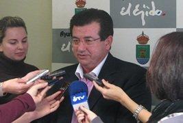 El PSOE ejidense dice ahora que fue suya la idea de rescatar la gestión de Elsur